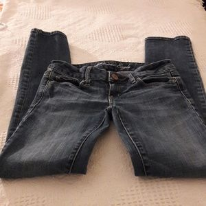 American Eagle skinny jeans Size 00